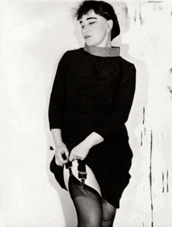 Erwin Blumenfeld - Kabarettkünstlerin Valeska Gert,1938