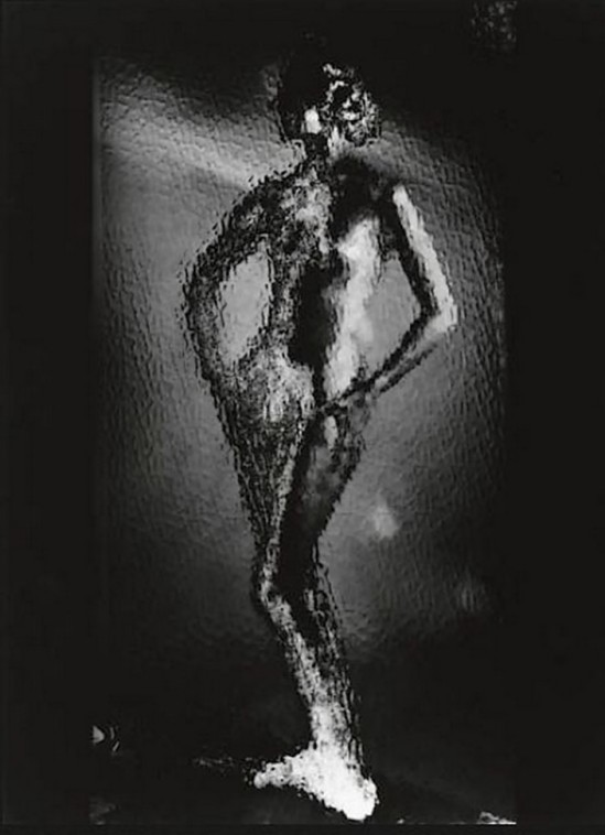 Erwin Blumenfeld - Nude behind glass,1940s