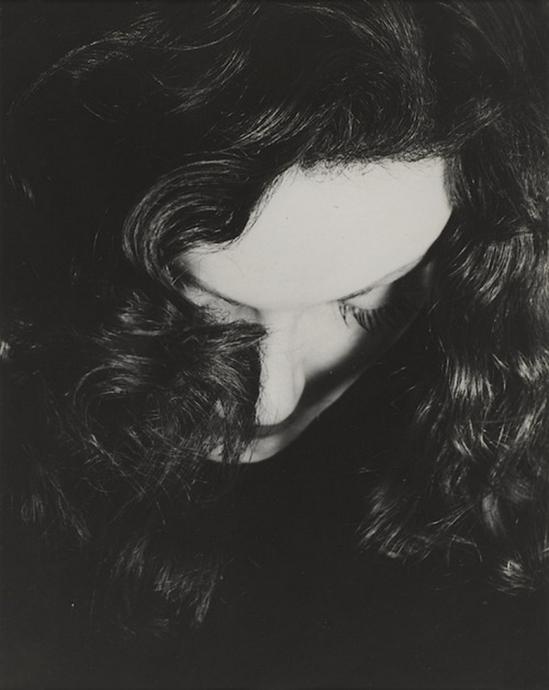 Erwin Blumenfeld - Portrait de Manina Jouffroy, 1936