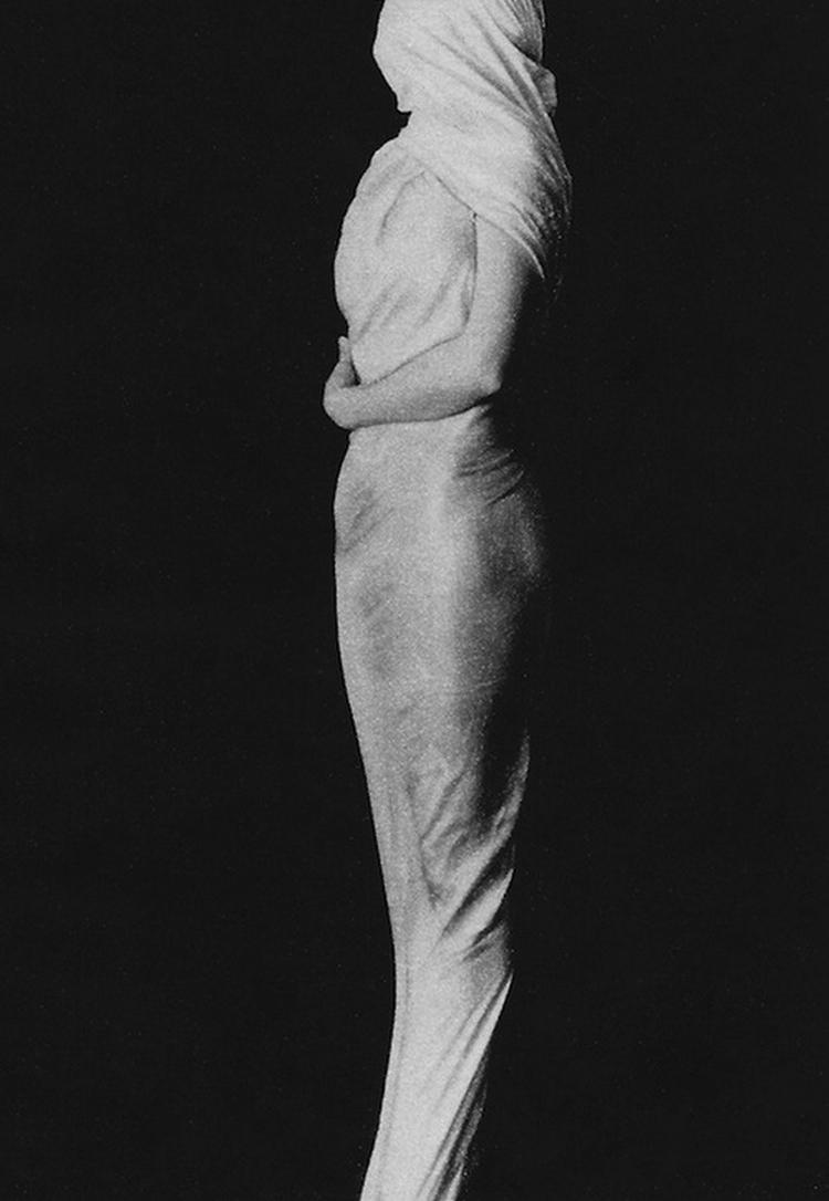 Erwin Blumenfeld - The Mobled Queen, Coronet Magazine, December 1939
