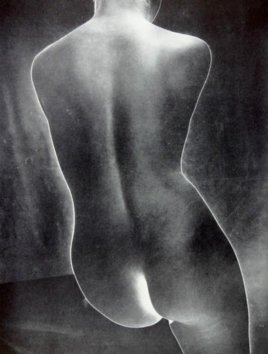 Erwin Blumenfeld -Torso (solarized), Paris,1938