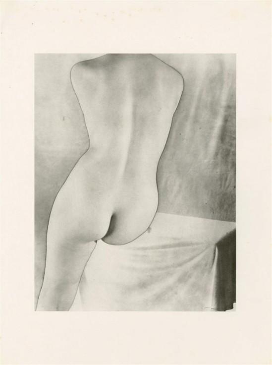 Erwin Blumenfeld -Torso [solarized],photogravure. ,1937