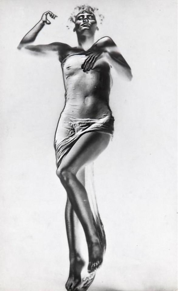 Erwin Blumenfeld-Veiled Beauty, 1937