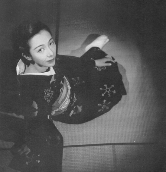 Fukuda Katsuku -Portrait from 1939 from the book - How to Photograph Women. Japan ARS