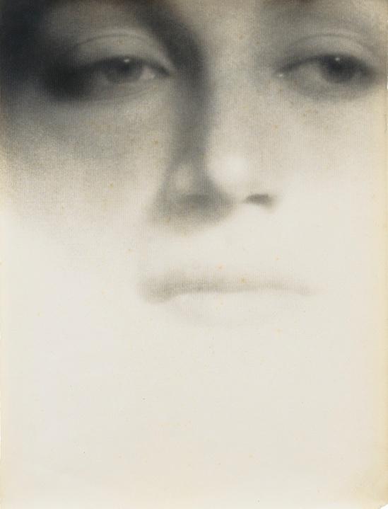 Laure Albin Guillot - les Yeux Mêmes et Noirs de Leur Âme, from Paul Valéry's La Cantate du Narcisse, 1942 (2)