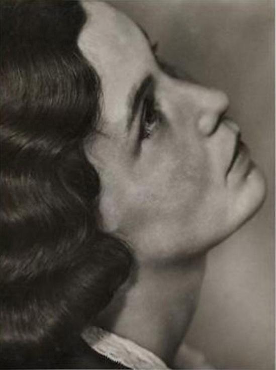 Trude Fleischmann- Portrait of Maria Wölfl - Die Schauspielerin Marie Matzner