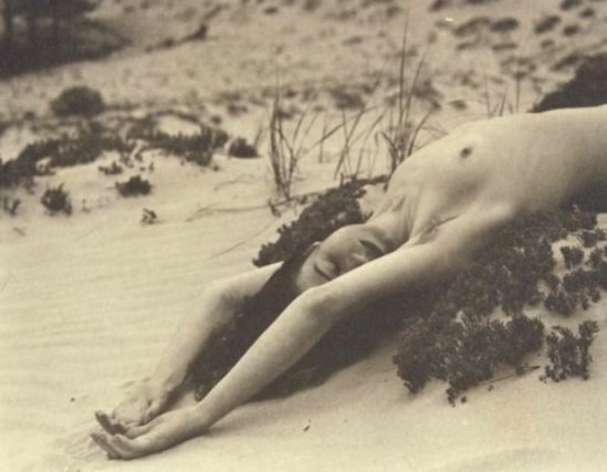 Nell Dorr-Untitled from In a Blue Moon, 1939