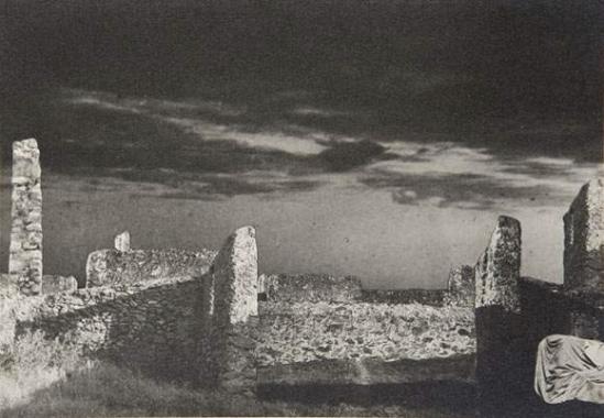 Raoul Ubac - Les murs, 1936 photomontage