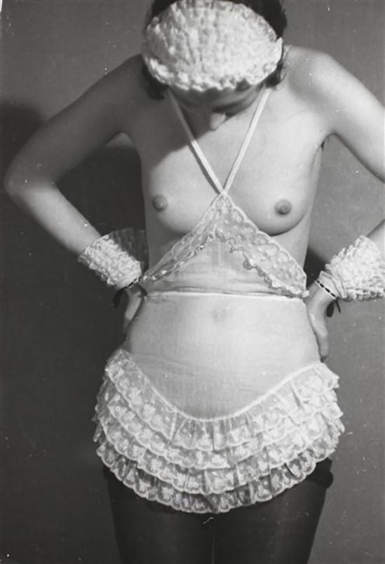 Roger Schall - Etude publicitaire pour de la lingerie Diana Slip& co, 1933 3 - Copie
