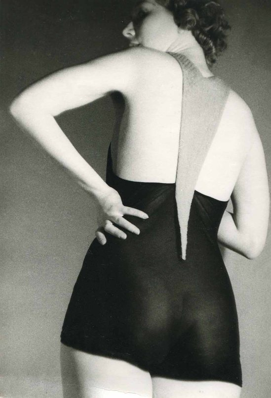 Roger Schall Woman in swimsuit, 1931