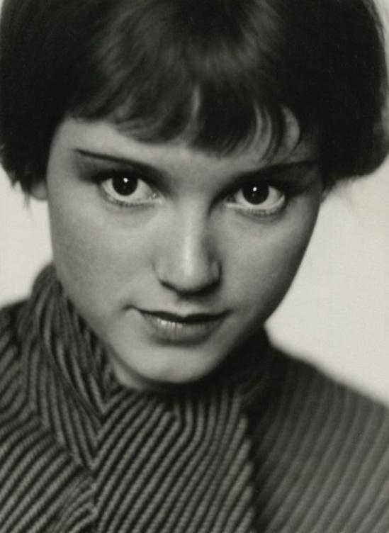Trude Fleischmann - Dolly Haas, 1935