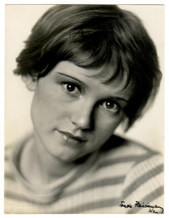 Trude Fleischmann- Dolly Haas, 1935