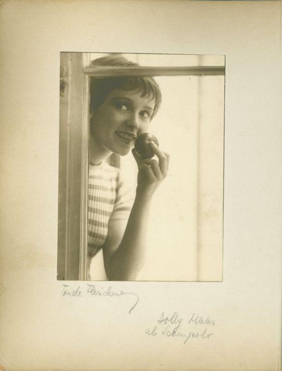 Trude Fleischmann -Dolly Haas als Scampolo, 1932