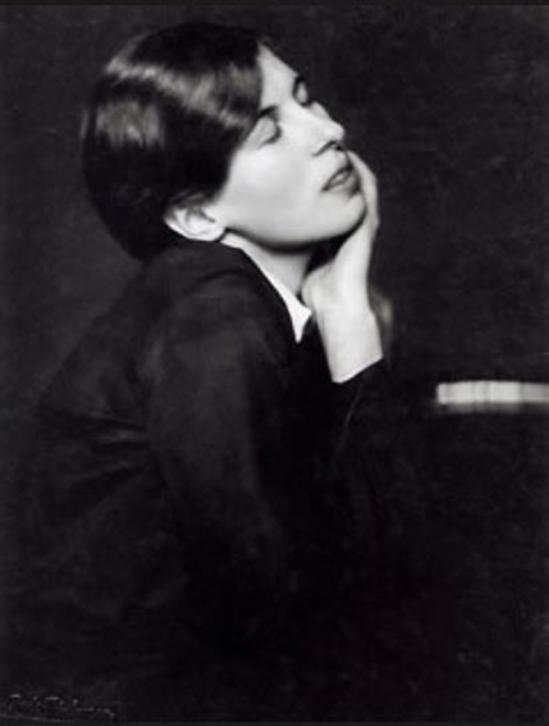 Trude Fleischmann- Eva Wagner, Wien, 1925