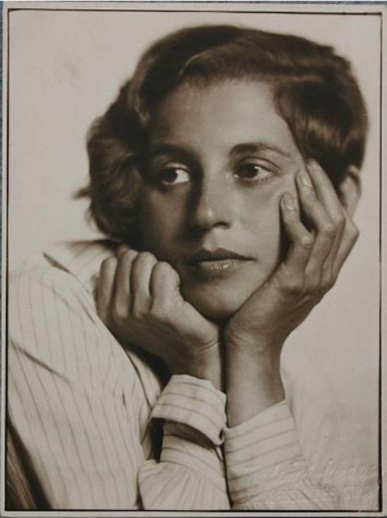 Trude Fleischmann- Gusti Shall, 1930