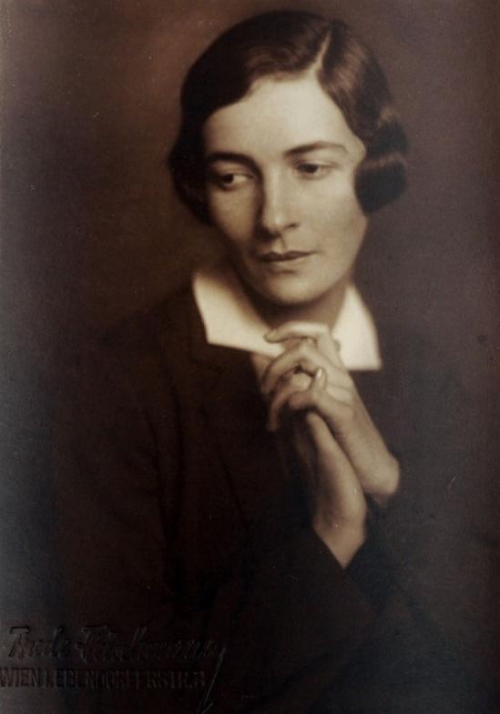 Trude Fleischmann - The actress Ida Roland, Vienna, 1920s