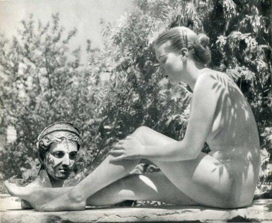 Zoltán verre - Reclining Nude 1950