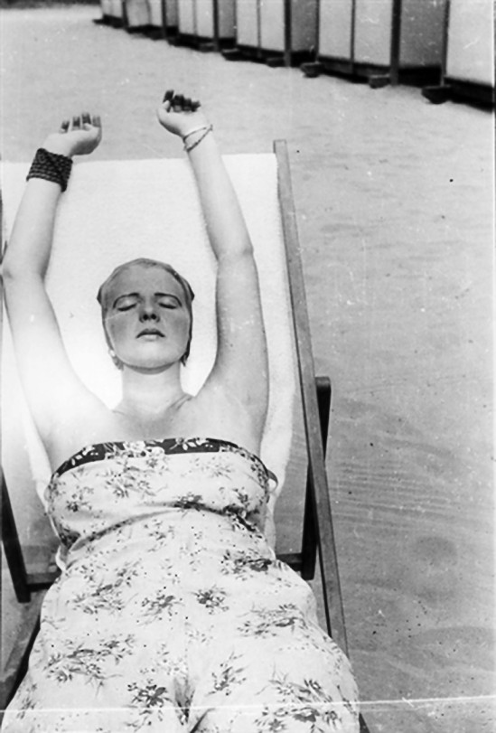 © Franz Roh -Woman sunning herself, 1920-30'