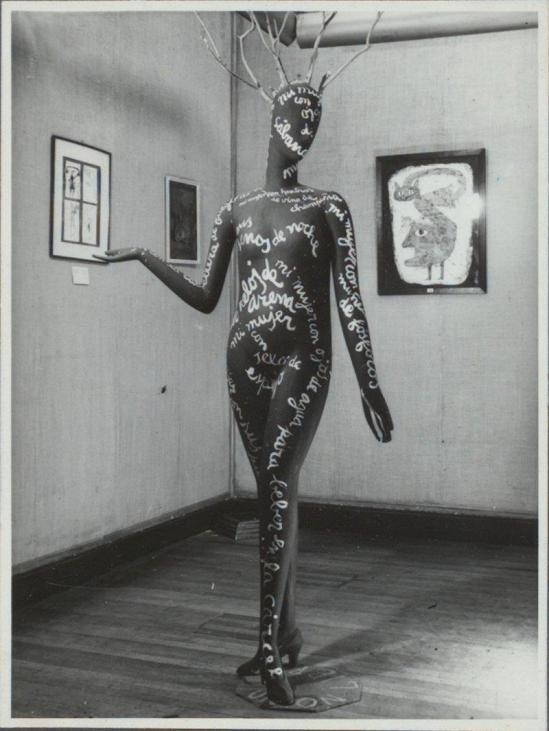Jorge Caceres – Maniquí poema, Exposición surrealista, 1948 , published in Leitmotiv (Edited by Braulio Arenas)