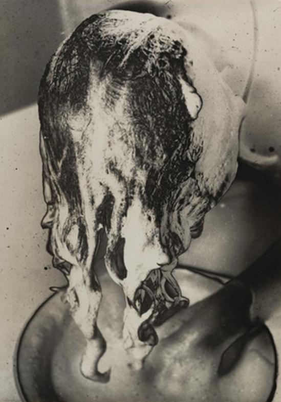 amu Shiihara- Le shampoing, 1930s.