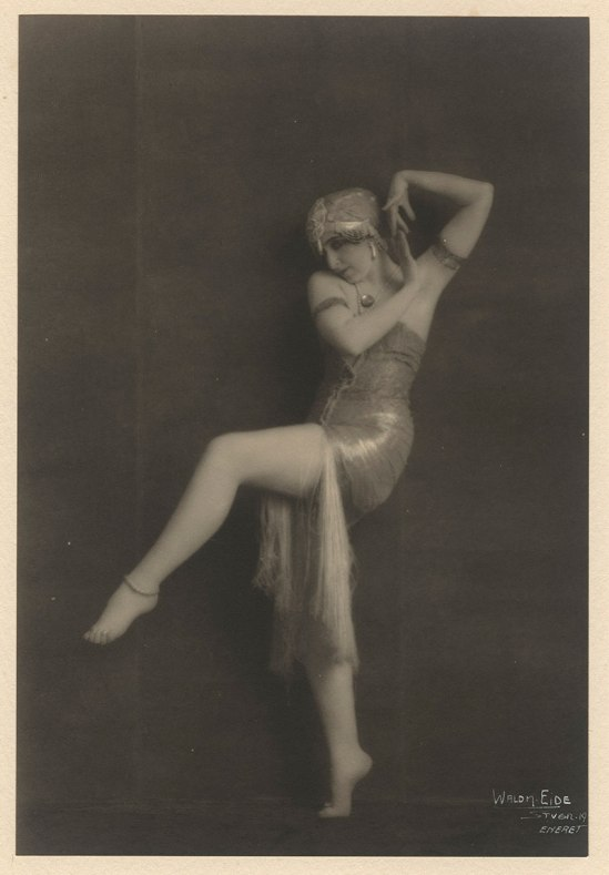 Waldemar Eide- Vera Fokina in Dance of Salome, Photograms of the Year 1920