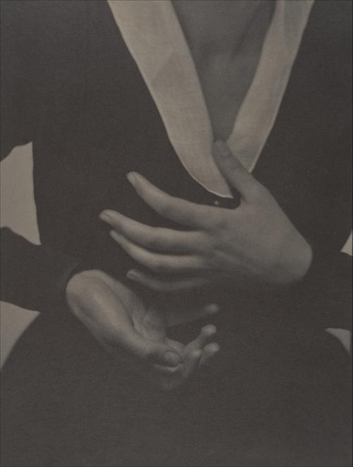 Alfred Stieglitz- Georgia O'Keeffe, Hands, 1917