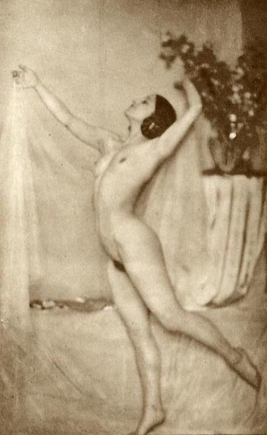 Franz Fiedler- Nu dansant, 1930