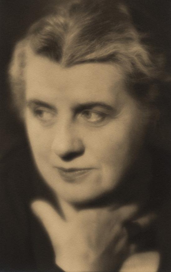 Laure Albin Guillot Autoportrait 1935