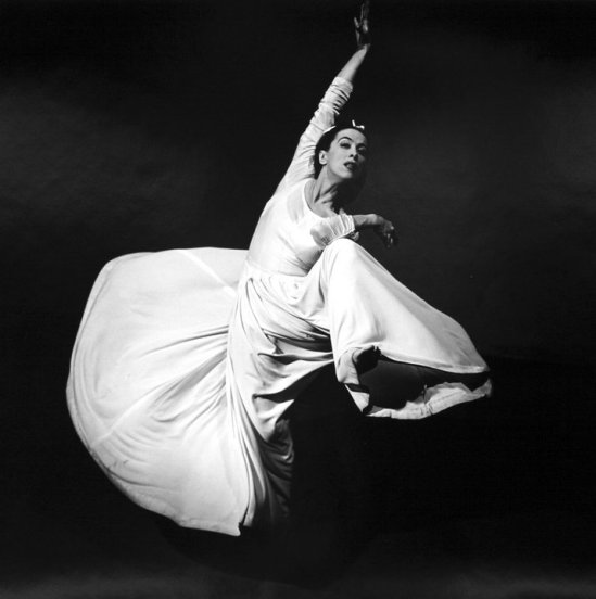 Barbara Morgan-Martha Graham -Letter to the World (Swirl), 1940 - gelatin silver print on paper (Smithsonian)