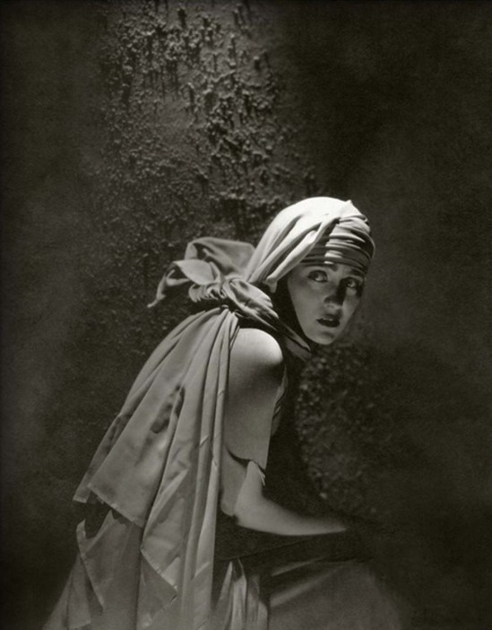 Edward Steichen- Gloria Swanson from  Vanity Fair - November 1924
