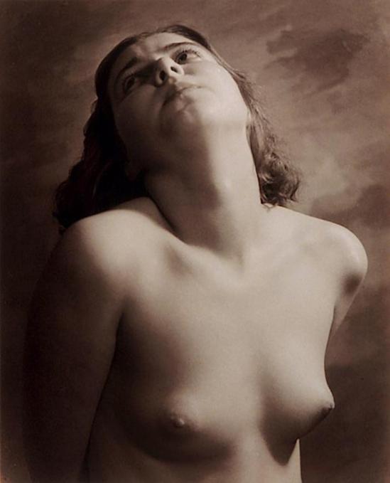 Harold F. Kells - Andromeda 1932