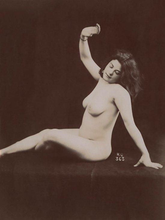 Henri-Oltramare--Etude-de-nu,--vers-1895-Tirage-argentique-