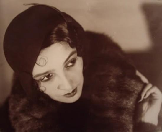 Jacques-Henri Lartigue- portrait de  Renée Perle 1930