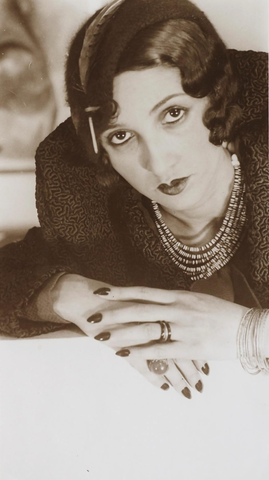 Jacques-Henri Lartigue- Renée Perle, ( etude de mains), 1932 1