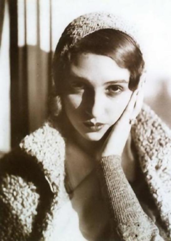 Jacques Henri-Lartigue - Renée Perle pensive, 1930
