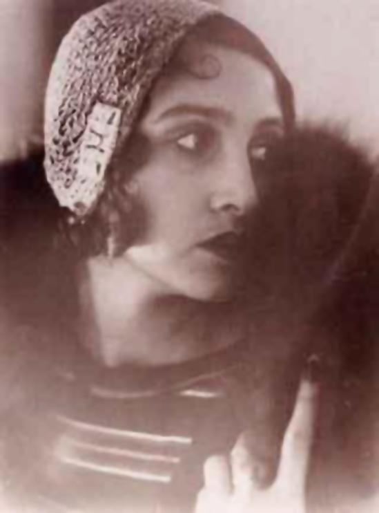Jacques Henri-Lartigue - Renée Perle  profil,  1930