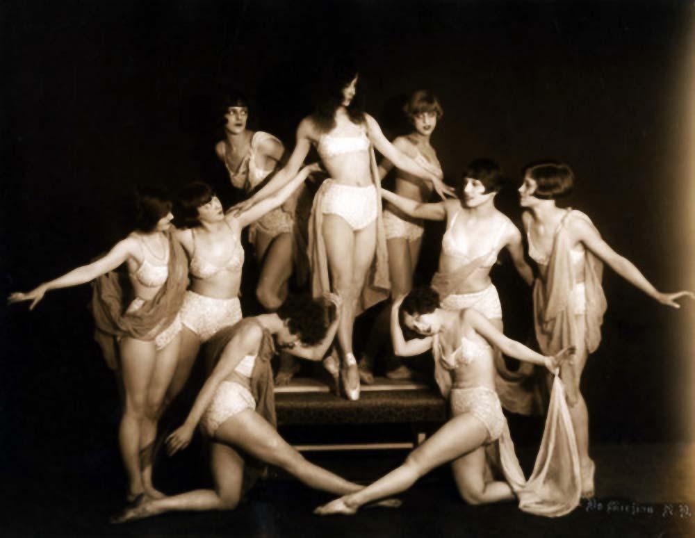 John De Mirjian Gay Paree, 1925, dancers,