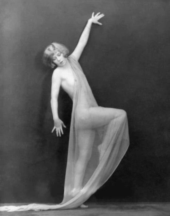 John De Mirjian - Mildred Douglas, 1922