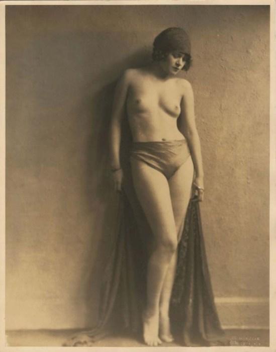 John De Mirjian - Nu, 1920