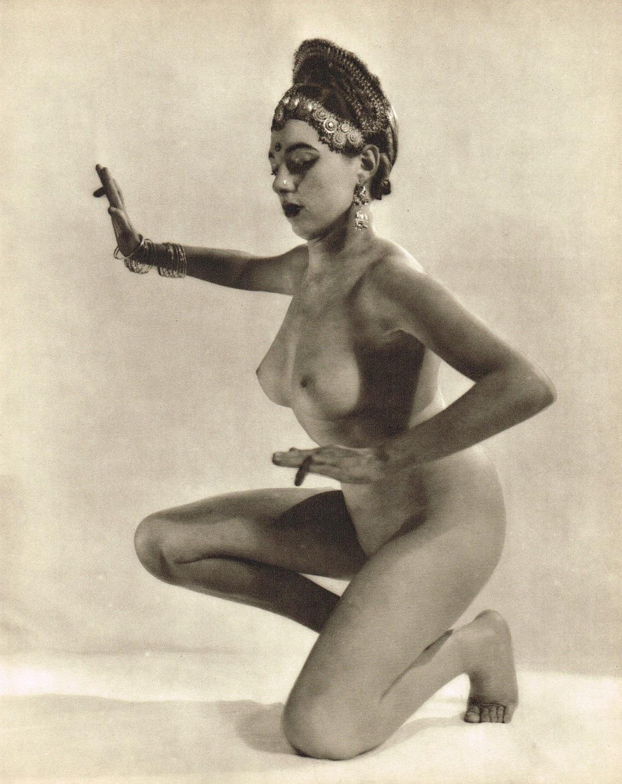John Everard. Indian Hindu dancer nude photogravure 1950 Oriental Model Published by Robert Hale Ltd., London in 1955.