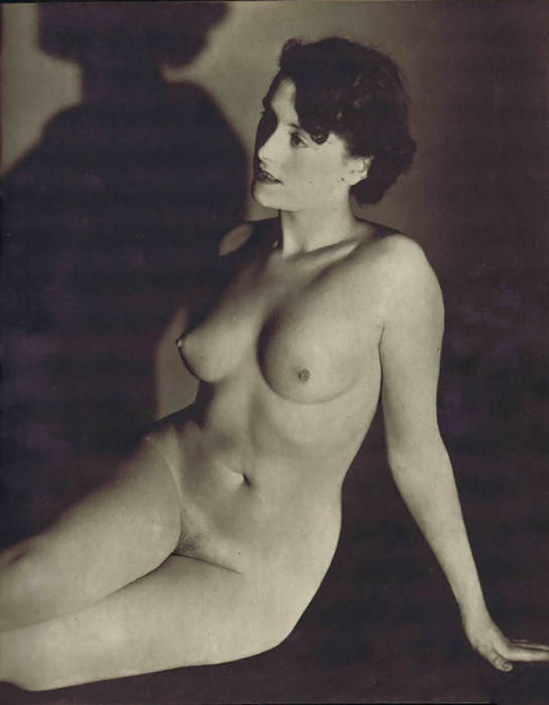 John Everard- From Artit's Model, Ed° The Bodley Head, 1951John Everard- Nude Plate 23 From Artit's Model, Ed° The Bodley Head, 1951