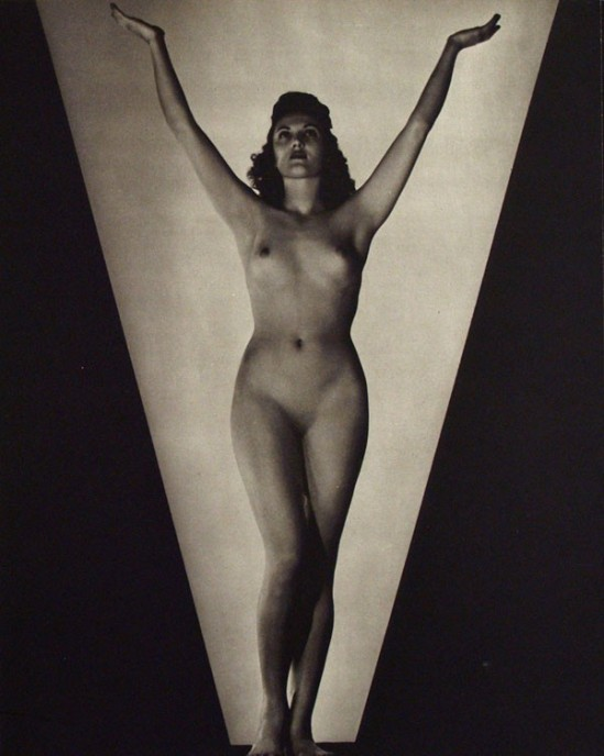 John Everard- Study of nude , 15 from Judgement of Paris, French nudes, ed° George Routledge, London, 1941