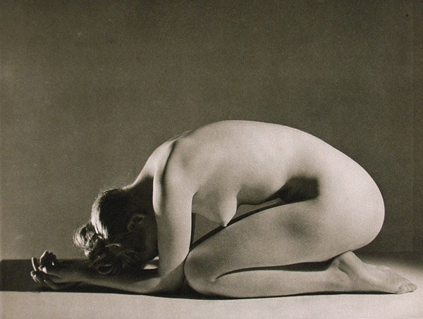 John Everard- Study of nude 17 from Judgement of Paris, French nudes, ed° George Routledge, London, 1941