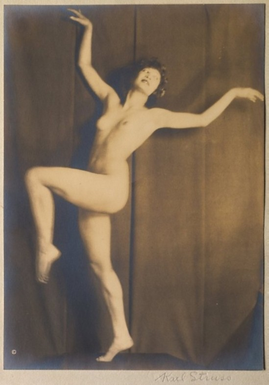 From the Series, The Female Figure , 1917 published in Karl Struss. From 48 photographs of the female Karl Struss -Nude Kicking,  1917