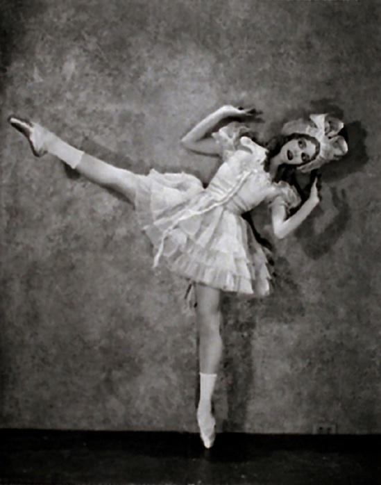 Nickolas Muray -Ann Douglas - Denishawn Dancer 1921