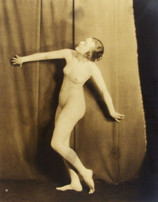 Karl F. Struss - Female Figure, First Series #9, Plate #12 - Photograph (Vintage toned silver gelatin print) - 1915.