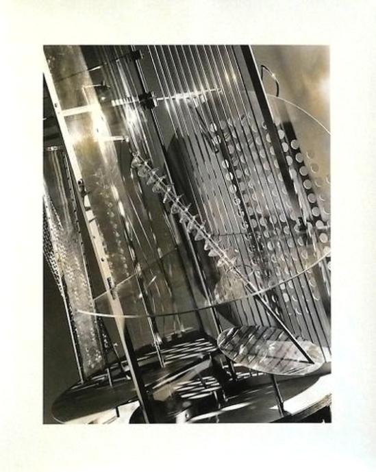 László Moholy-Nagy -Light-space-modulator 1931