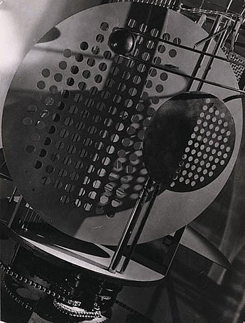 László Moholy-Nagy -Light-space-modulator 1922-1930