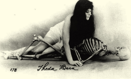 Theda Bara, as the vampire , 1915 -[in a publicity shot for the film A Fool There Wasdirected by Frank Powell]