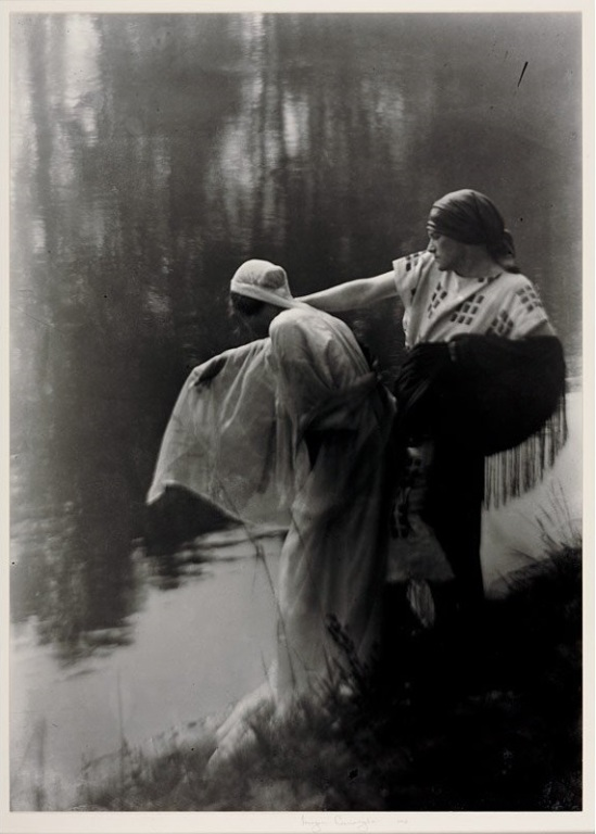 Imogen Cunningham - By the river,1912